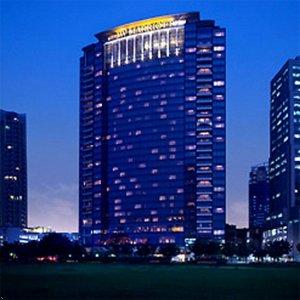 crisi 10jw-marriott-hotel-jakarta-facade