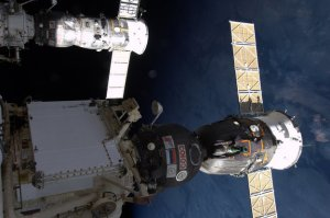 space21Soyuz_and_Progress_docked_with_the_ISS_node_full_image