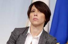 """Le dimissioni della De Girolamo potrebbero """"rafforzare"""" il Governo, ma non si sa mai. Il punto vero resta la legge elettorale. Brunetta smentito da Pd e Verdini"""