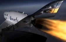 Il primo volo commerciale spaziale confermato entro il 2014. Branson dice che lo farà con i figli. Già 700 i prenotati per andare oltre l'atmosfera terrestre