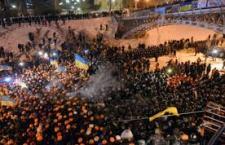 Nuovi disordini a Kiev. Sei morti. 150 i feriti, tra cui una quindicina di giornalisti. Situazione esplosiva in Ucraina e preoccupazione internazionale