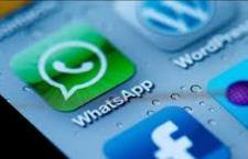 """Whatsapp in tilt, impossibile connettersi. Dopo 4 ore di vero """"incubo"""" per milioni di iscritti tutto si è risolto. Un cattivo inizio per il """"matrimonio"""" con Facebook"""
