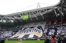 "Supporters of Juventus FC prior the Italian Serie A soccer match Juventus FC vs Atalanta BC at the ""Juventus Stadium"" in Turin, Italy, 13 May 2012. ANSA/ALESSANDRO DI MARCO"