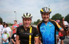 John Kerry cade dalla bicicletta e deve sospendere le trattative sul nucleare con l'Iran