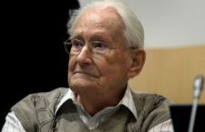 """Condannato in Germania il cosiddetto """"contabile di Auschwitz"""""""