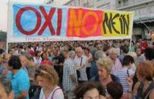 Il giorno della verità per la Grecia divisa tra Oxi, No, ed il si all'austerità e all'Europa