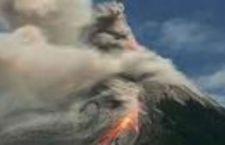 Indonesia: polveri eruzione vulcano Raung fa chiudere aeroporti. In tilt Bali