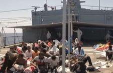 Nuova strage di migranti. Mancano all'appello in 50 dei salvati su gommone affondato