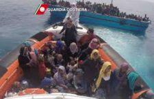 Merkel- Hollande: tirata d'orecchie per Italia e Grecia sui migranti: agiscano! Usa accoglierà 6 mila siriani