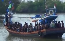 I migranti annegano dappertutto. In Malesia muoiono in 60 su una barca finita a picco