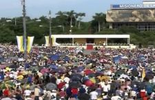 """Tutta Cuba per Papa Francesco che invita a servire gli altri e a curare le """"fragilità"""""""