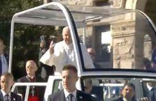 Usa: Francesco alla Casa Bianca. Poi, santifica un frate missionario della California. Polemiche dei nativi americani