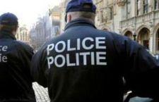 Belgio:attentato contro caserma. Uomo armato spara e fugge