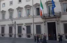 Lo scandalo vaticano travolge anche qualcuno a Palazzo Chigi