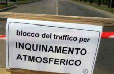 Falliscono i fermi auto di Roma e Milano. Aumentato l'inquinamento