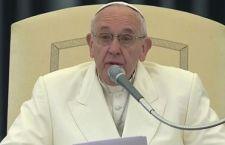 Francesco, con l'influenza, chiede scusa per gli scandali nella Chiesa