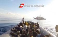 Natale nel Canale di Sicilia: salvati 751 migranti