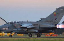 Anche la Gran Bretagna va a bombardare in Siria. Presi di mira campi petroliferi Isis