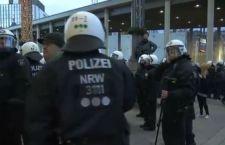 Violenza sulle donne a Colonia: polizia ferma manifestazione dei neo nazisti