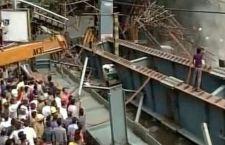 Calcutta: cavalcavia crolla sulla gente. 18 morti, 70 feriti. Numerosi dispersi