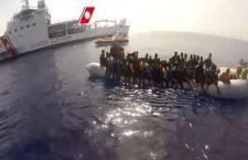 6.000 migranti recuperati al largo della Libia