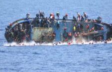 Migranti: altra strage con circa 300 morti