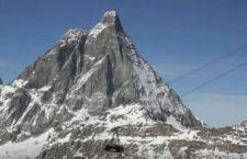 Cervinia: liberati nella notte 130 sciatori bloccati sulla funivia
