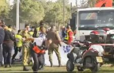 Gerusalemme: camion di un palestinese sui soldati, 4 morti
