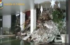 Terremoto: hotel travolto. Trovati finora 4 morti
