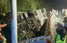 Taiwan: 32 morti per incidente a bus