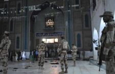 Pakistan: saliti a 100 i morti dell'attentato in moschea