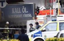 Stoccolma: 4 morti. Il camion sulla folla guidato da terroristi