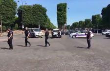 Parigi: attentato terroristico contro polizia
