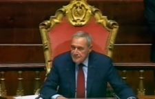 Il Presidente del Senato, Pietro Grasso, lascia il Pd