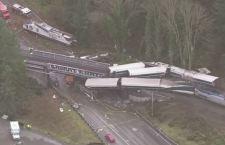 Usa: almeno tre i morti per treno deragliato su autostrada