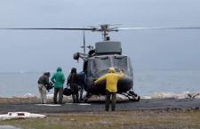 Cade in mare elicottero della Marina. Un morto