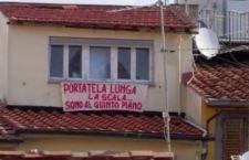 """""""La scuola e' libera e i balconi pure"""" la violenza no!"""
