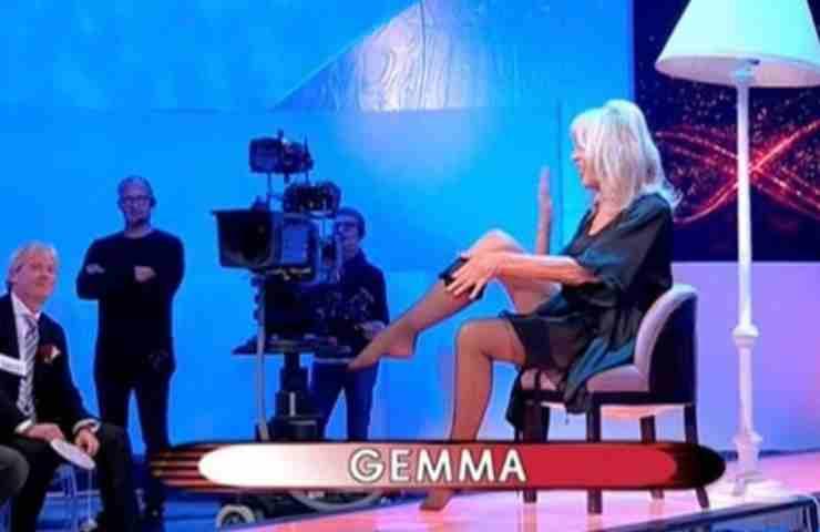 Uomini e Donne, Gemma Galgani lo fa a 71 anni: