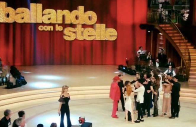 Ballando con Le Stelle studio (Facebook)