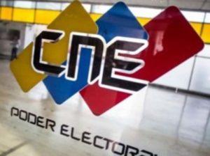 Maduro llama al pueblo a prepararse para elecciones legislativas