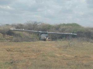 Hallan abandonada avioneta mexicana