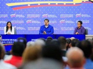 Maduro anuncia medidas para potenciar capacidades municipales del país