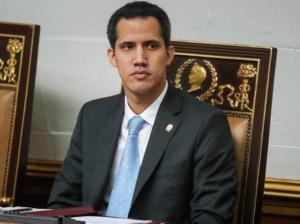 Guaidó dice que la AP miente, pero no aclara