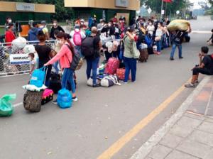 Arreaza: Acnur busca rebatiña de recursos con migración venezolana