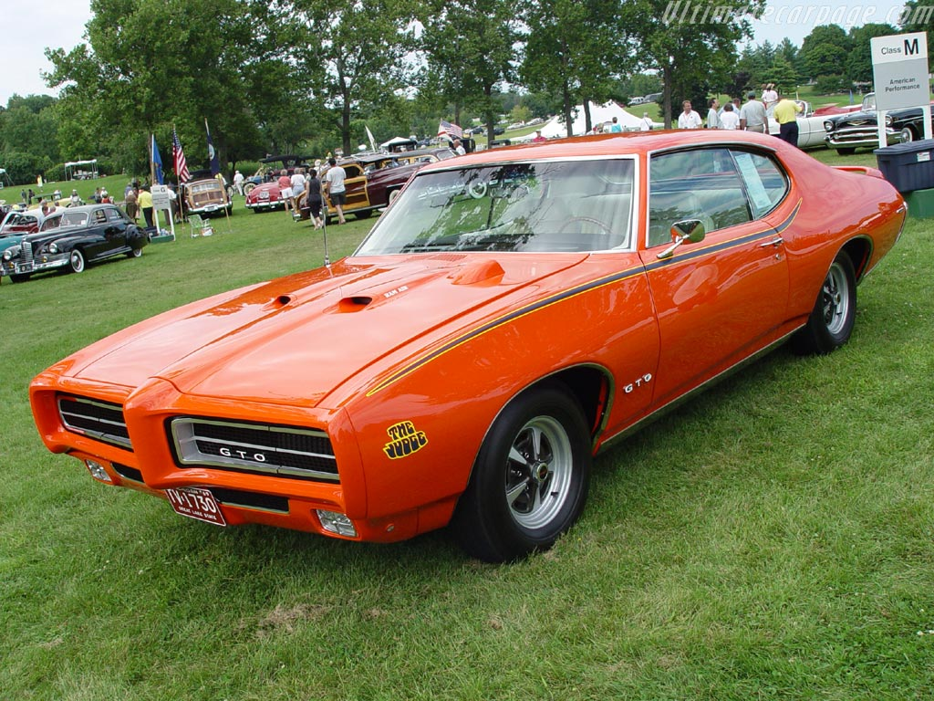 Best Muscle Cars Of All Time (Top 8) | GEARS