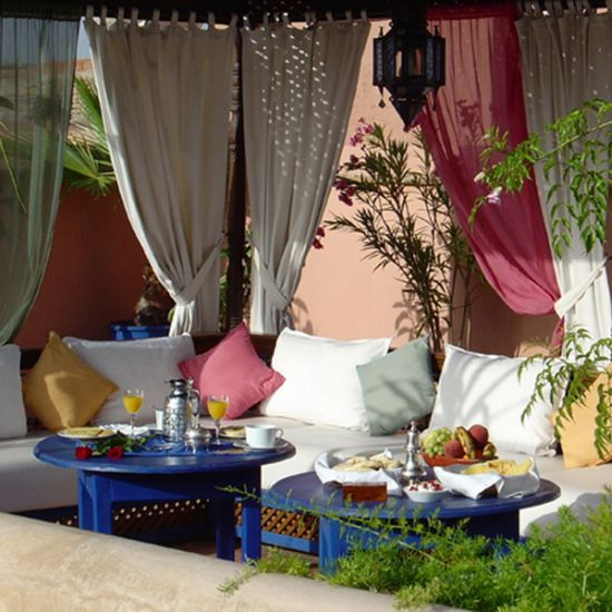 Exotic Moroccan Patios For Courtyards | Ultimate Home Ideas on Moroccan Backyard Design  id=94876