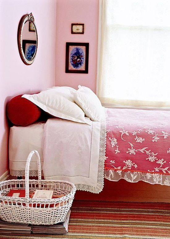 Cute rattan basket DIY nightstand idea - NO.1# THE MOST BEAUTIFUL DIY BEDROOM NIGHTSTAND IDEAS