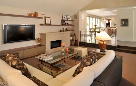 Cozy sunken living room design with brown and beige accents - NO.1# BEAUTIFUL SUNKEN LIVING ROOM DESIGN IDEAS