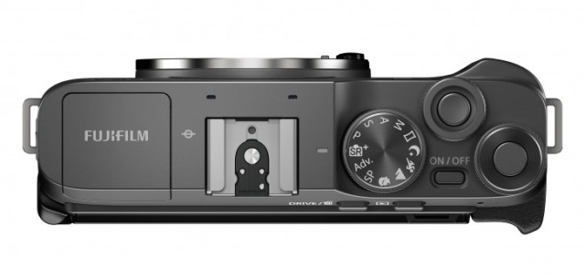 Fujifilm X-A7 is a $700 entry-level mirrorless camera for beginners