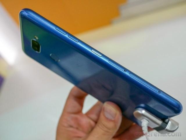 LG K50S K40S hands-on